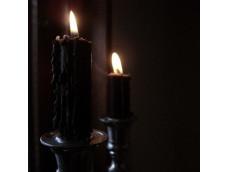 Для подкормки Духов свеча с медвежьим жиром.